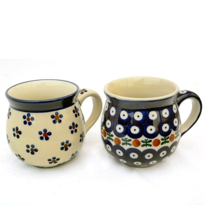 Polish Pottery set of two belly mugs, Margerita and Garland design
