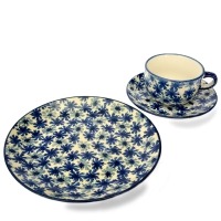 Polish Pottery set of breakfast plate, cup and saucer cornflower pattern